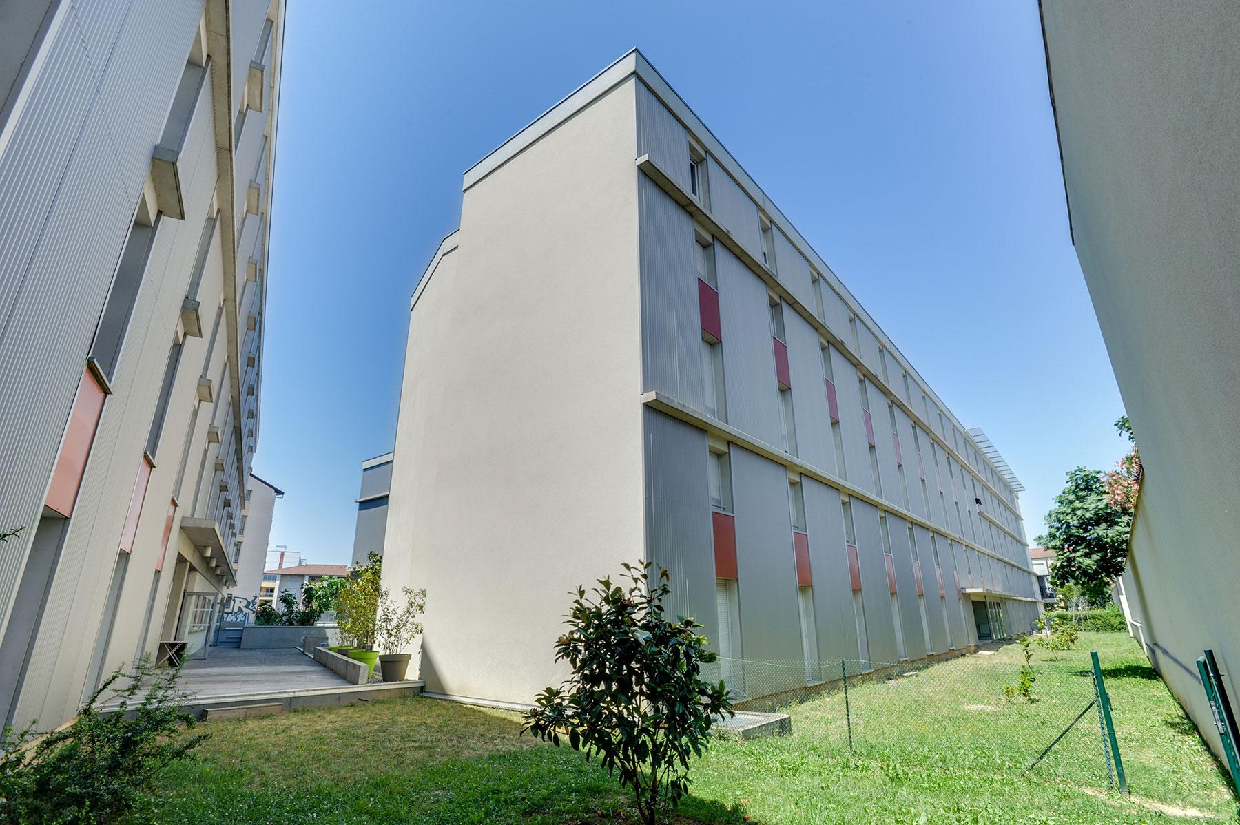 extérieurs résidence étudiante LOGIFAC Toulouse Le Cerdana