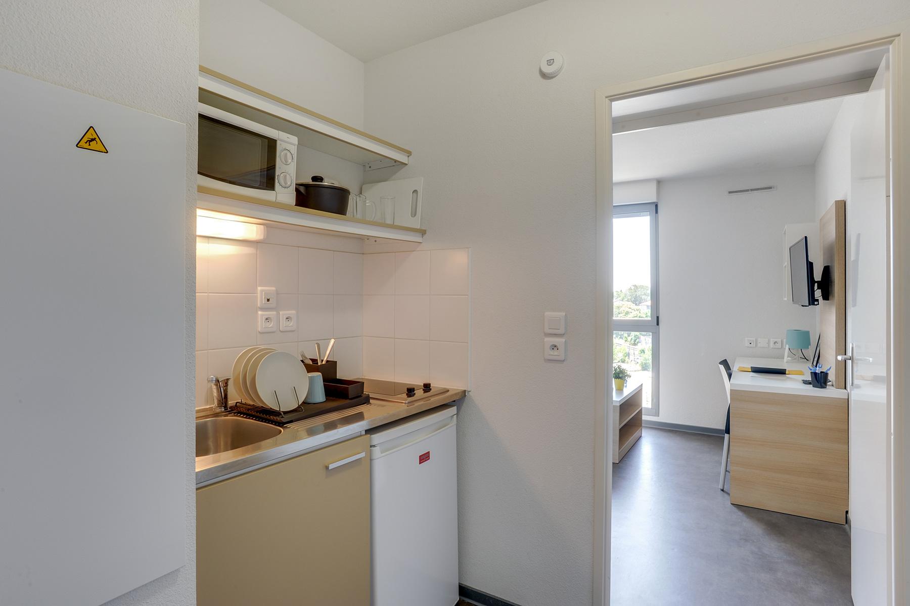 résidence étudiante LOGIFAC Toulouse Le Cerdana coin cuisine
