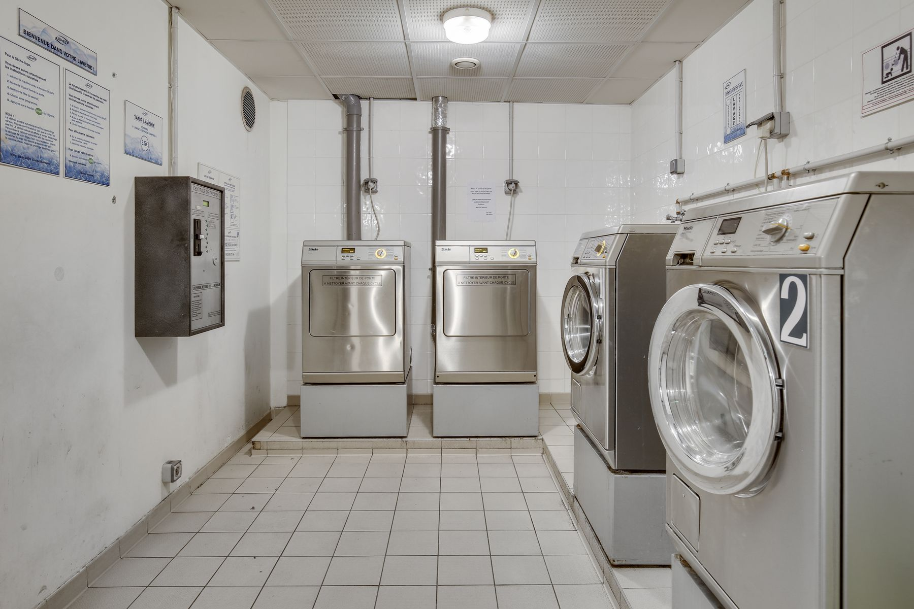 LOGIFAC résidence étudiante Compas Palaiseau lave-linge sèche-linge