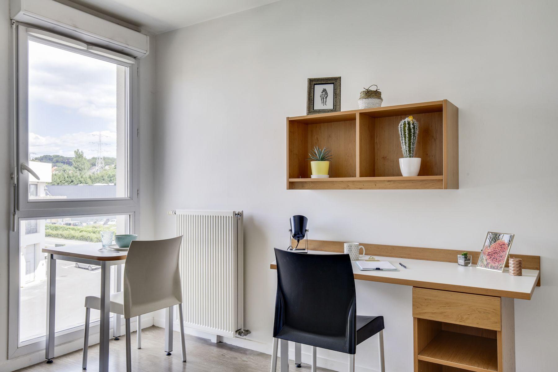 LOGIFAC résidence étudiante Compas Palaiseau studio et vue