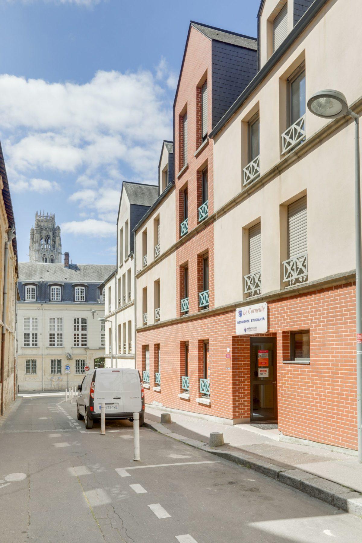 LOGIFAC résidence étudiante Corneille Rouen rue