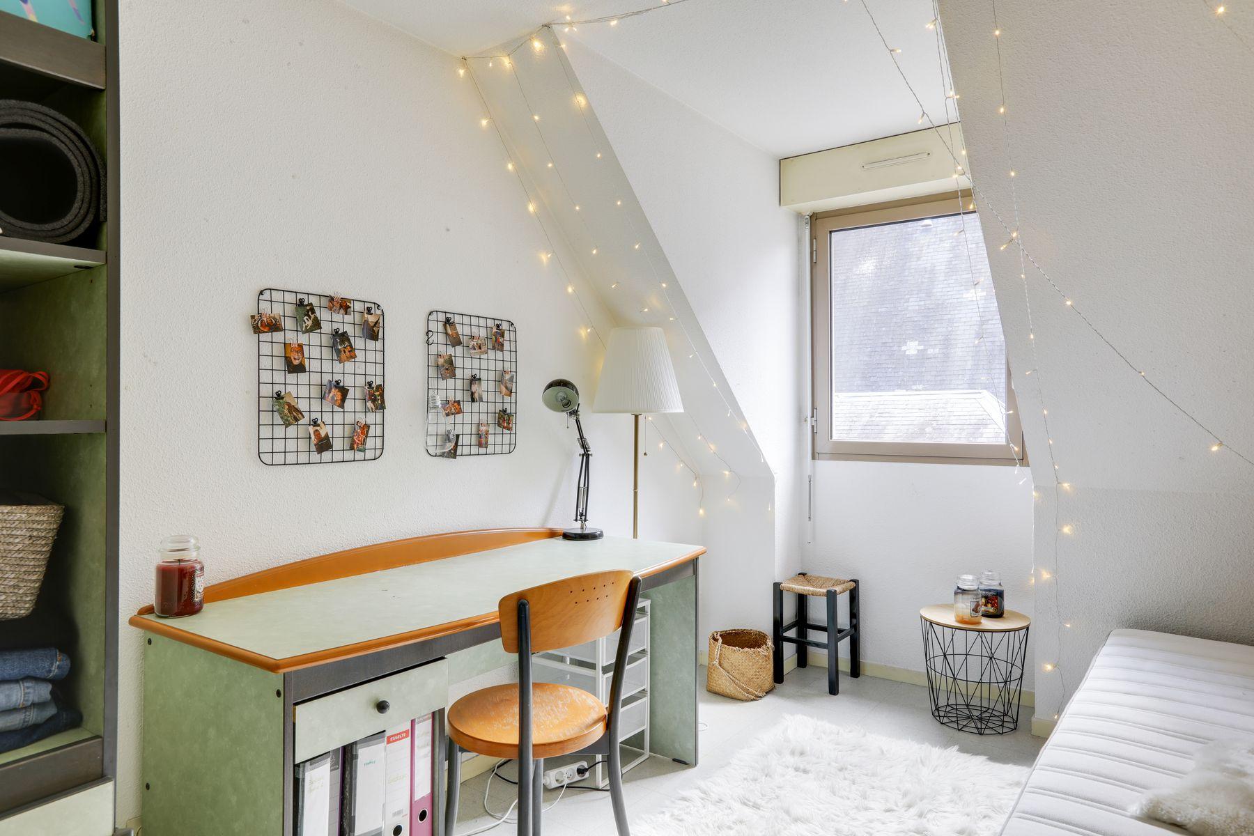 LOGIFAC résidence étudiante Corneille Rouen lit bureau