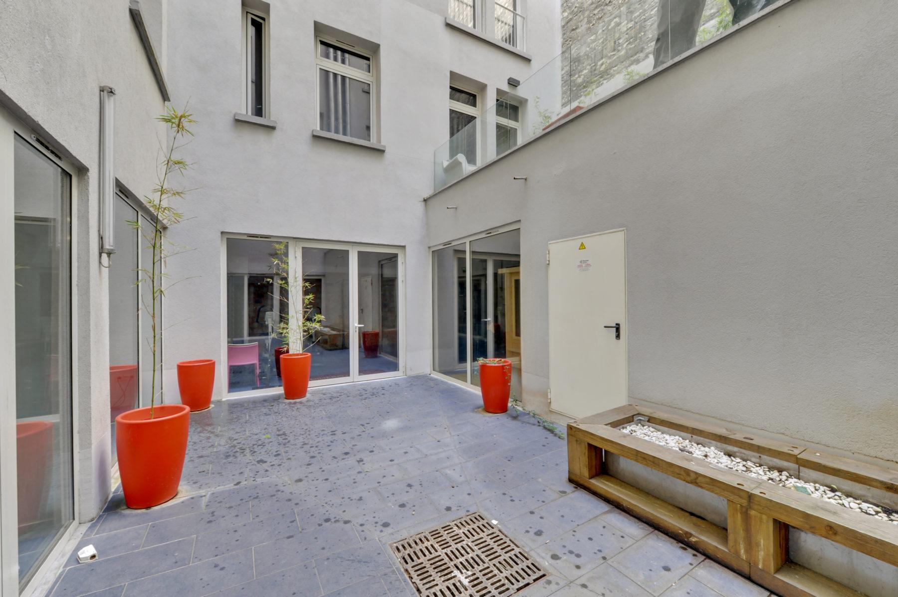 cour résidence étudiante LOGIFAC Paris Diderot