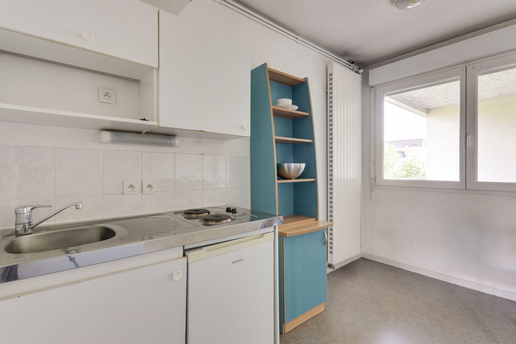 LOGIFAC résidence étudiante Rousseau Echirolles coin cuisine