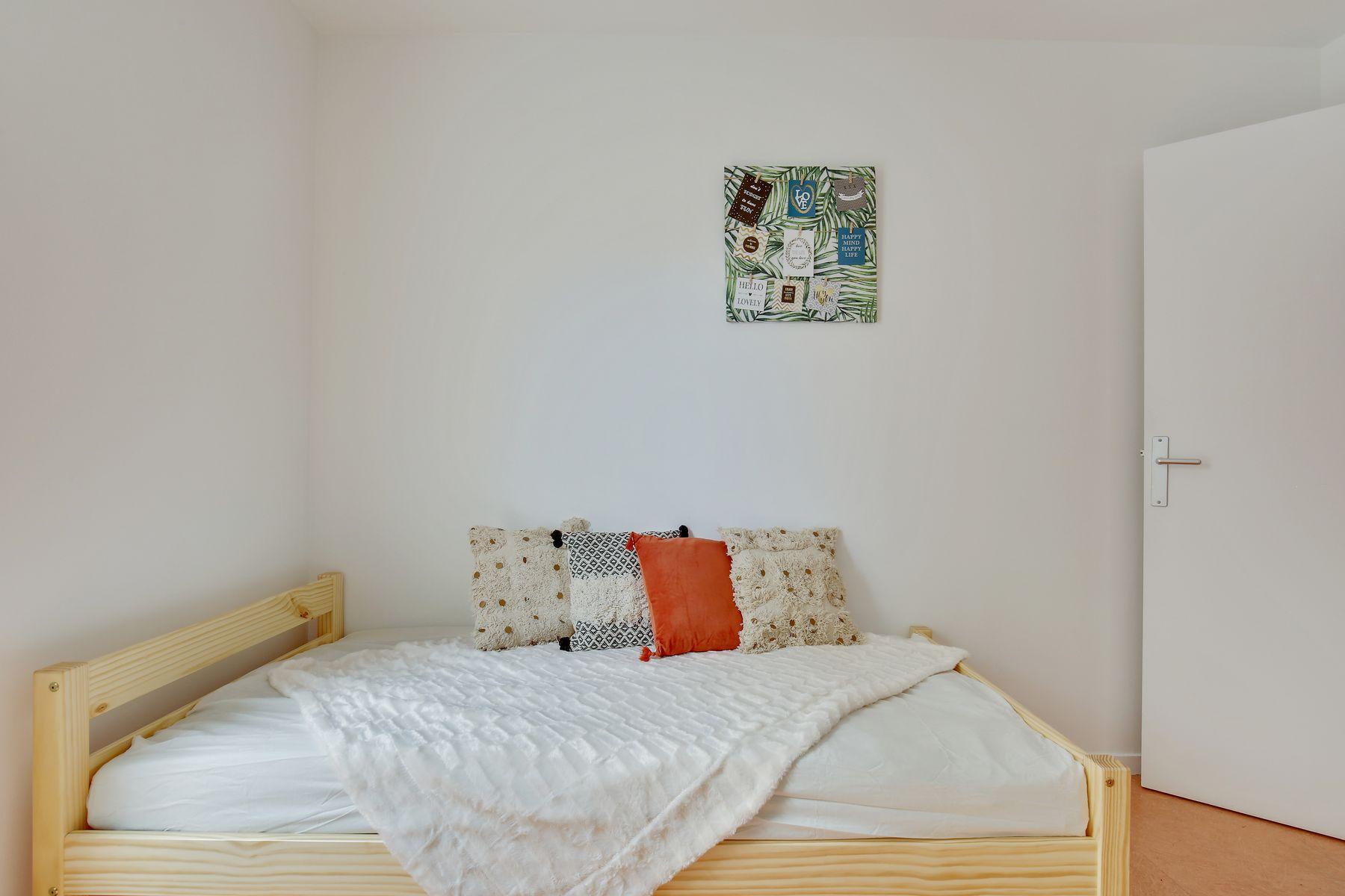 LOGIFAC résidence étudiante Ecrivains Carrières sur seine grand lit