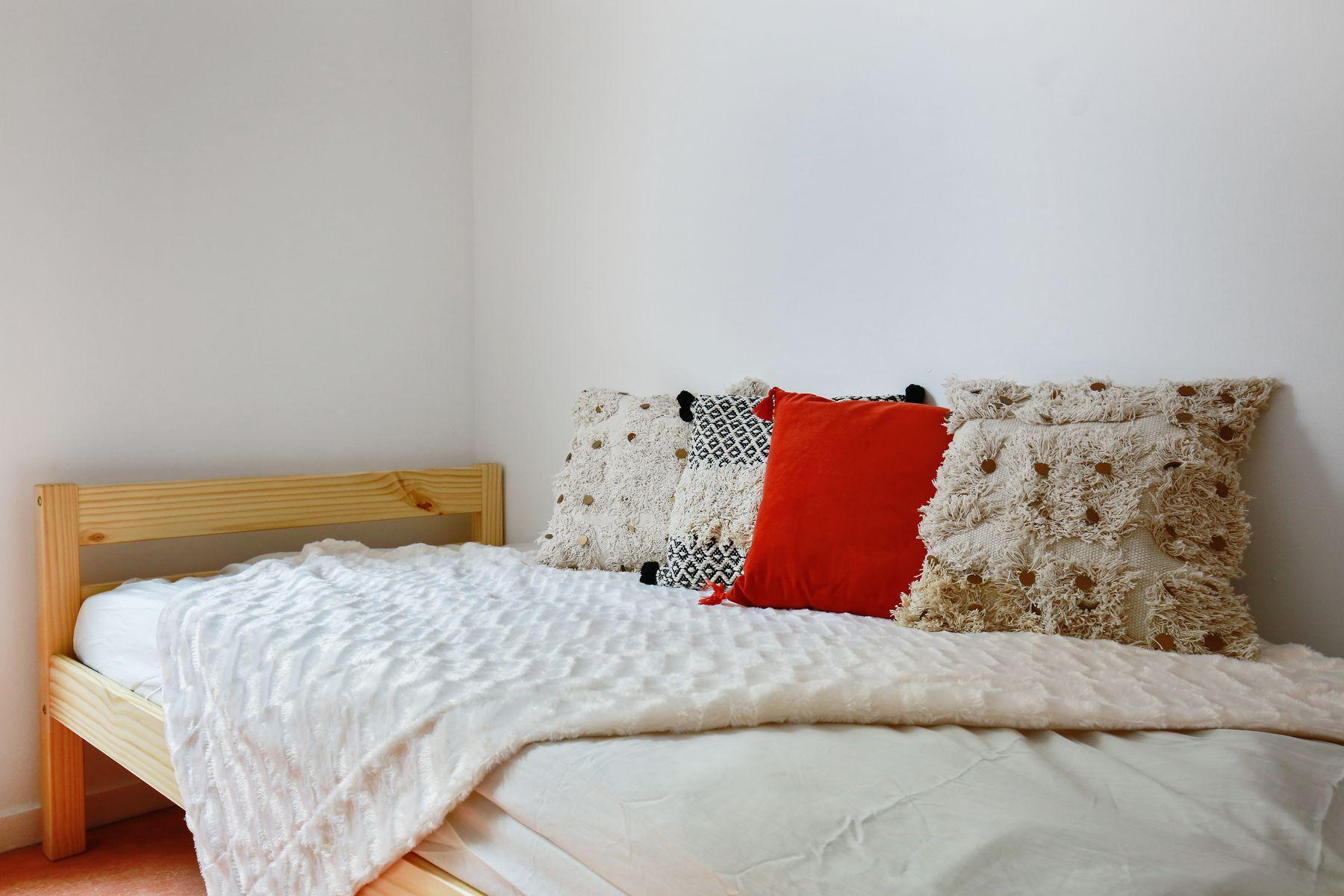 LOGIFAC résidence étudiante Ecrivains Carrières sur seine lit