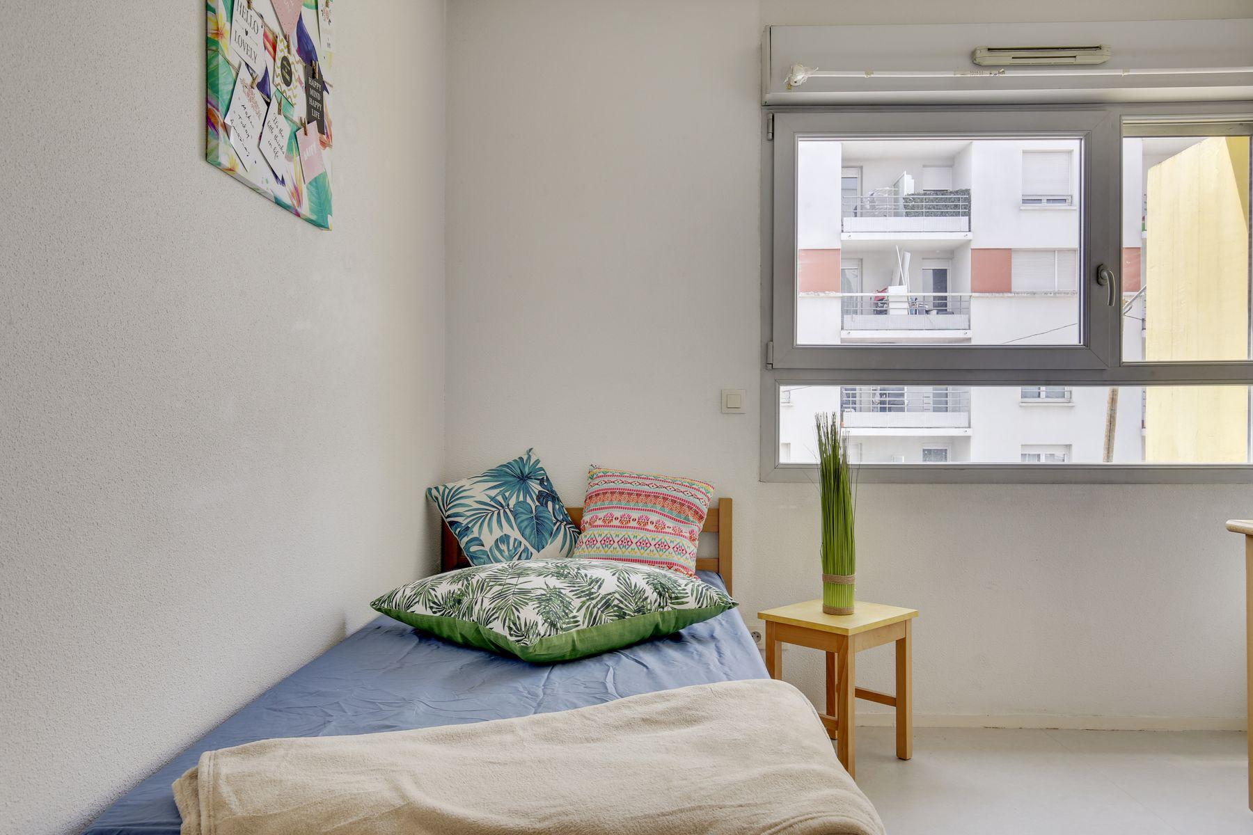 LOGIFAC résidence étudiante Léo Ferré Orly chambre