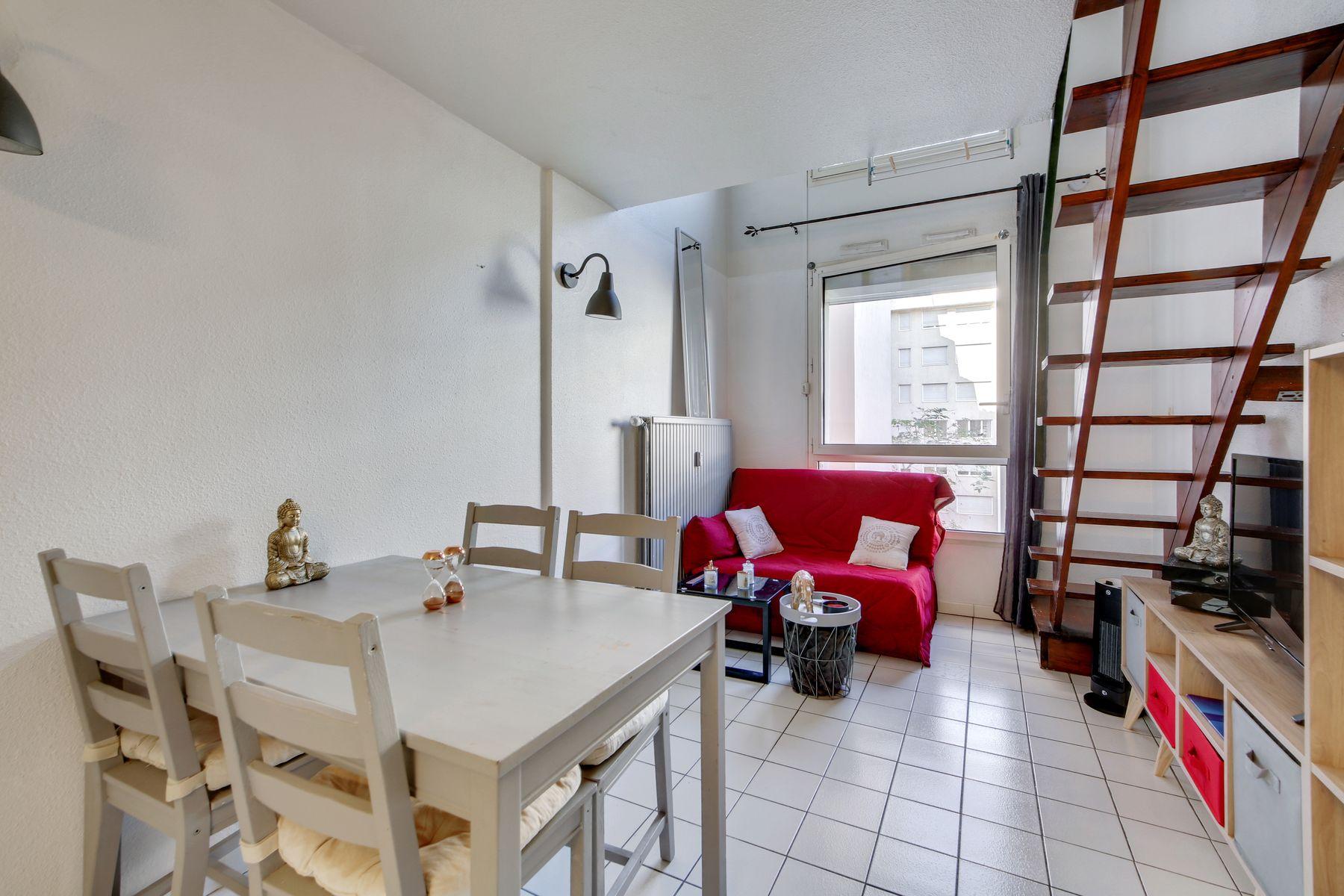 mezzanine résidence étudiante LOGIFAC Belles Lettres Lyon 7