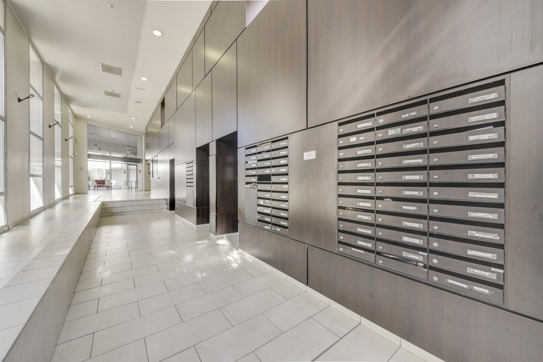 LOGIFAC résidence étudiante Lyon Univers City couloirs