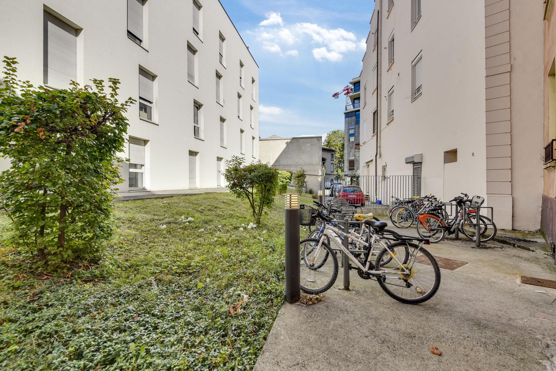 emplacement vélos LOGIFAC résidence étudiante Lyon Univers City