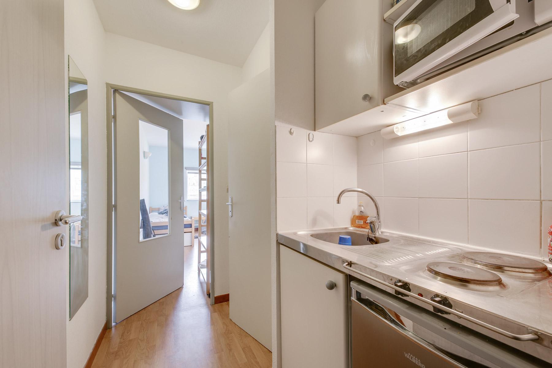 kitchenette LOGIFAC résidence étudiante Parvis des facultés Montpellier