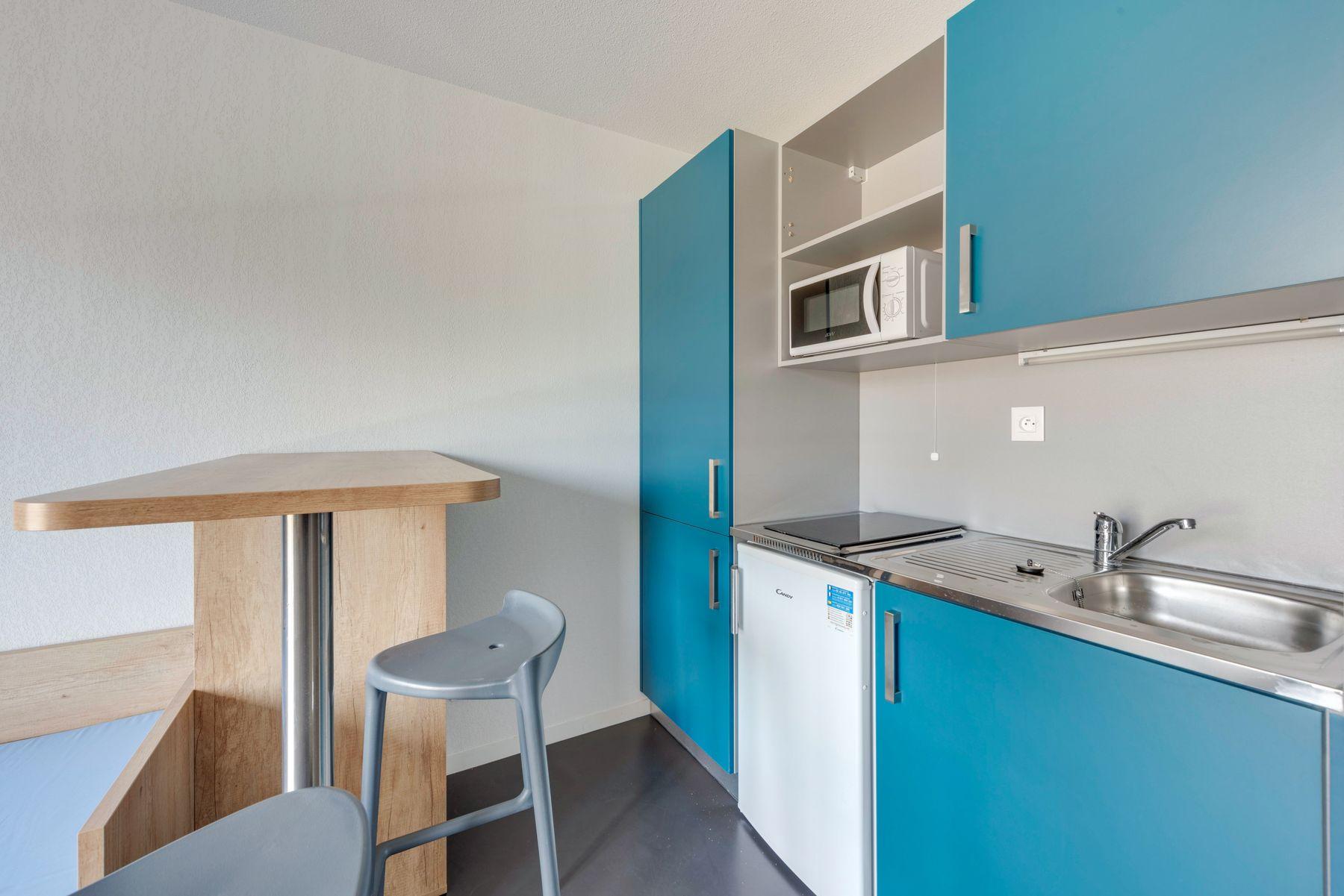 kitchenette résidence étudiante LOGIFAC Courmont Pierre-Bénite