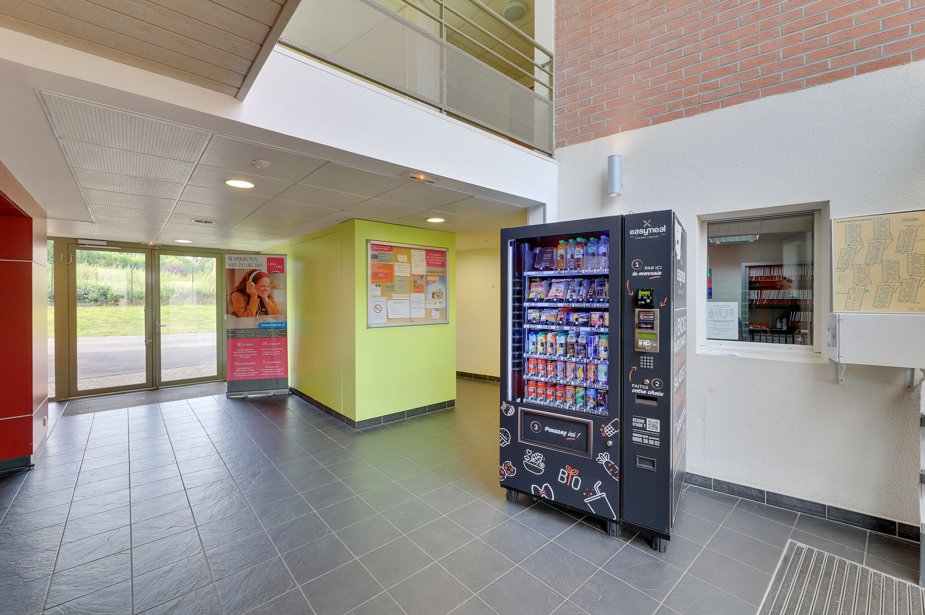 entrée hall résidence étudiante LOGIFAC Valenciennes City études