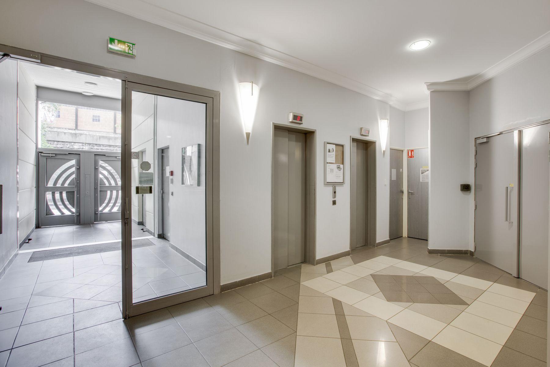 LOGIFAC résidence étudiante Porte de Montmartre Paris ascenseur