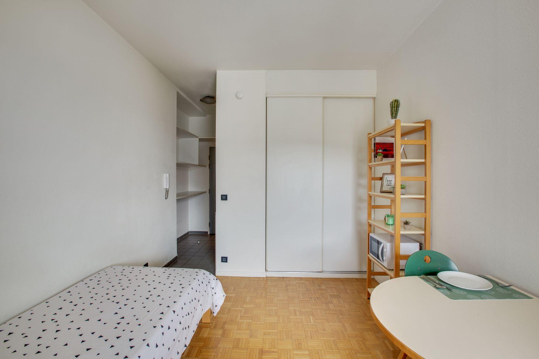 LOGIFAC résidence étudiante Porte de Montmartre appart Paris