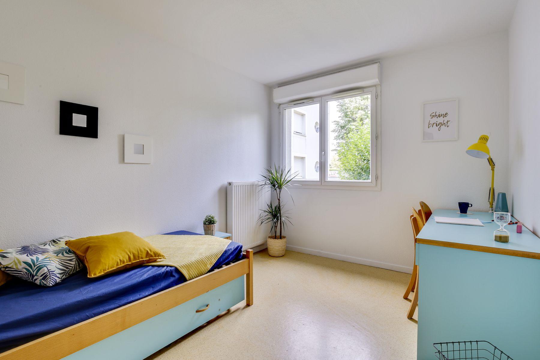 LOGIFAC résidence étudiante Pyramide Lieusaint studio équipé