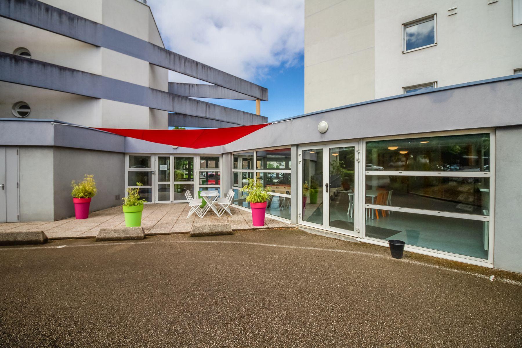 LOGIFAC résidence étudiante Saint-Exupéry Dijon terrasse