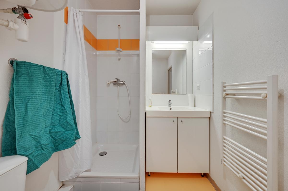 salle d'eau residence etudiante logifac Lyon Virgile