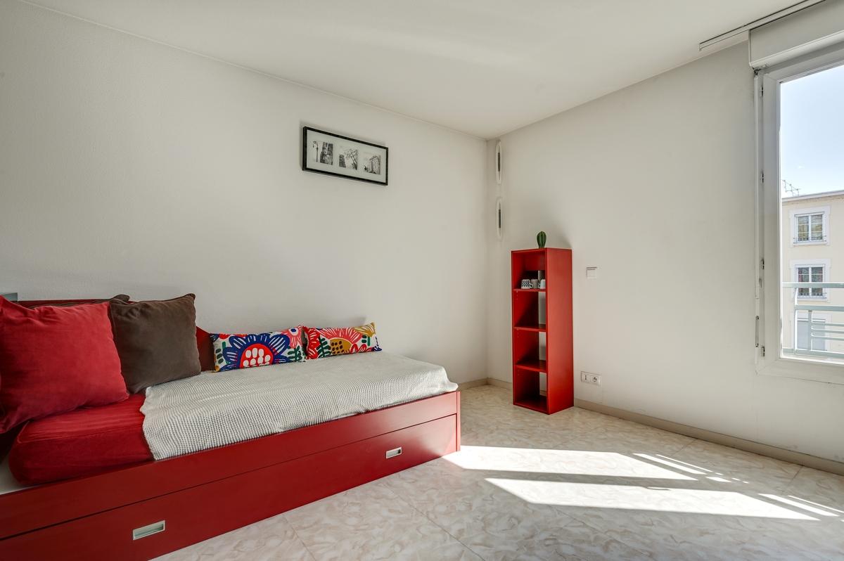 lit rangement tiroir logement residence etudiante logifac Lyon Virgile