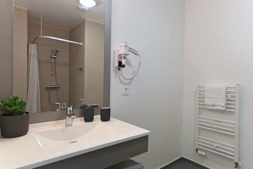 salle-bain-palatino-logifac-paris